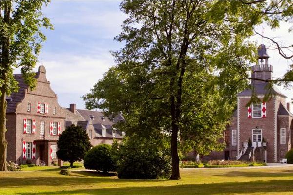 Schloss Hertefeld Niederrhein Secrets